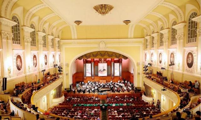 長江鋼琴登上「 柴可夫斯基國際音樂比賽」──開啟國際時代